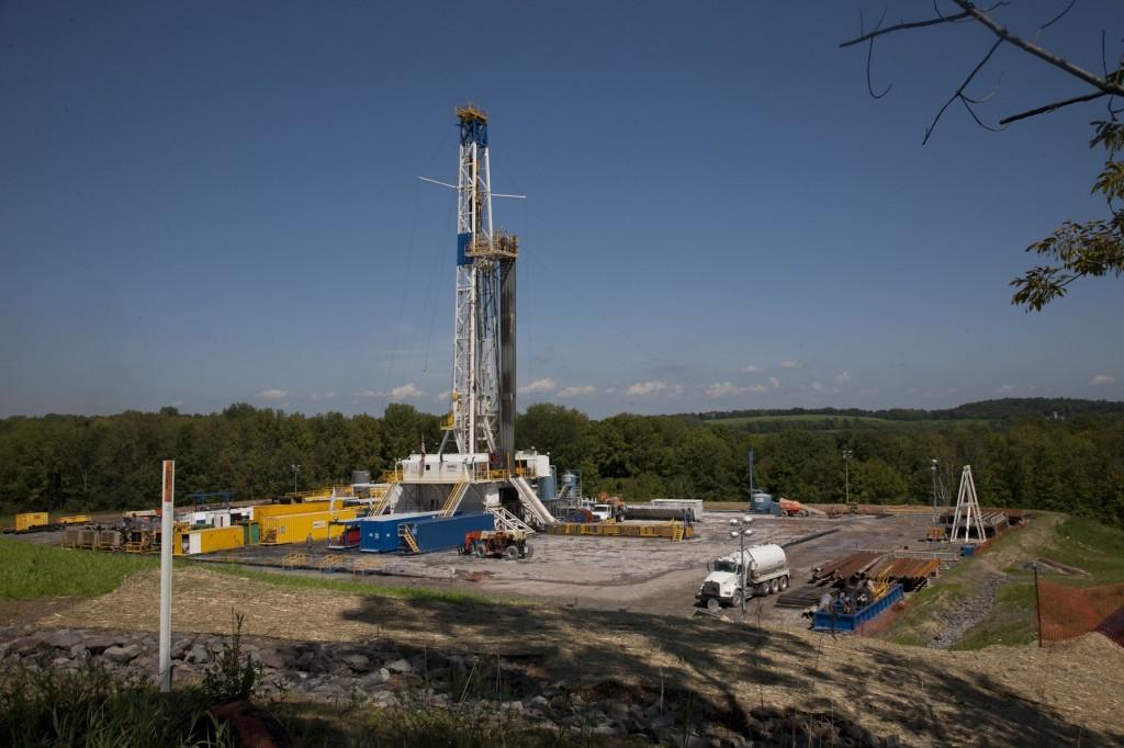 fracking-rig
