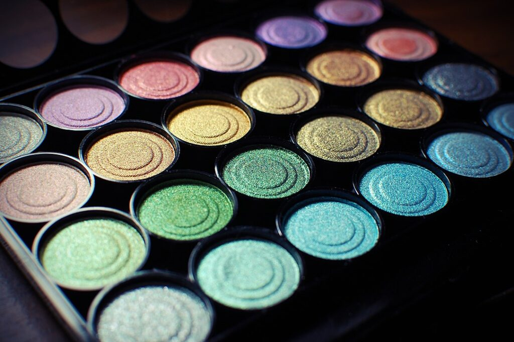 Image of a colorful makeup palette.