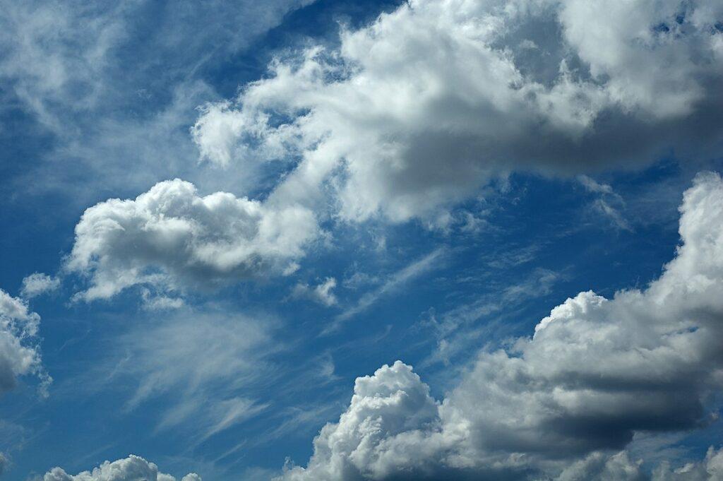 Image of cumulus clouds in a blue sky.