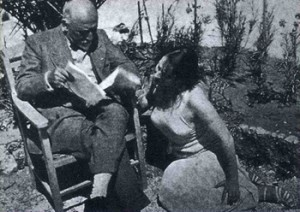 Pirandello reads to Marta Abba